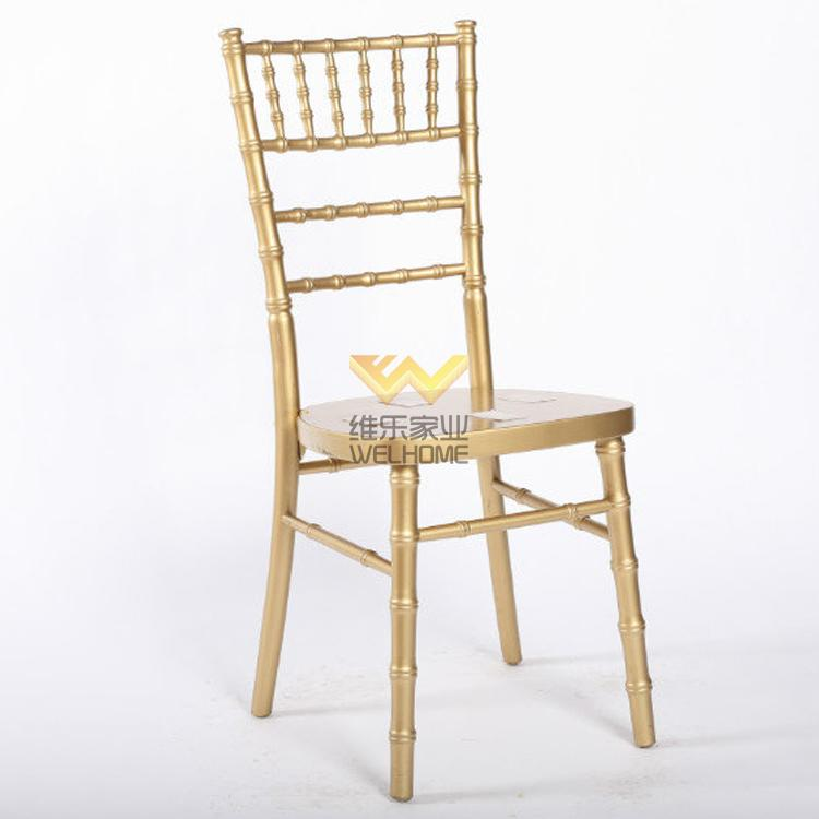 Golden wooden chiavari chair for wedding/event