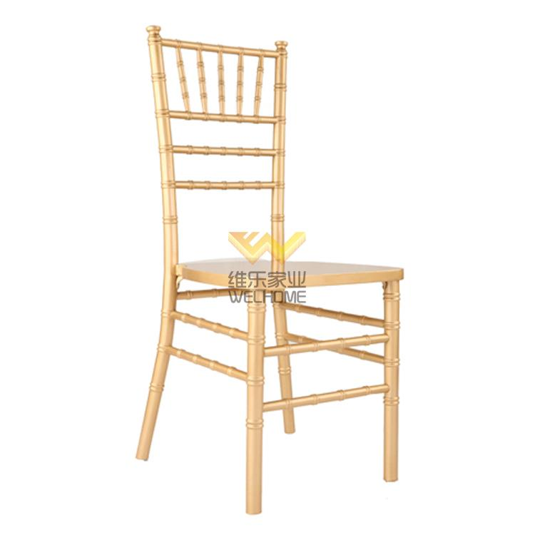 Gold color beech wood chiavari chair for wedding rental